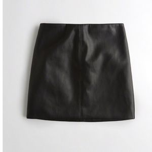 Black vegan  Leather Mini Skirt faux